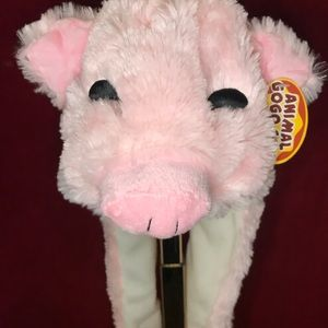 Accessories - Kids hat, scarf, gloves in one pig Nwt